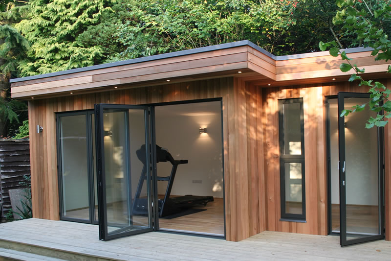 Garden Room with gym equipment